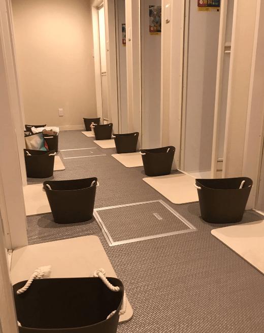 ラバ調布のシャワー室